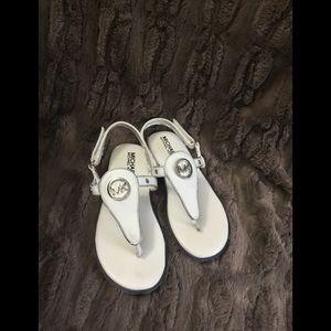 Girls Michael Kors MK Thong Sandals Sz 11
